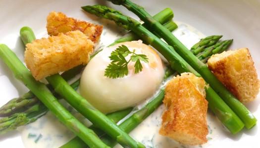 Poached Eggs With Asparagus, Herbed Crème Fraîche, & Brioche Croutons