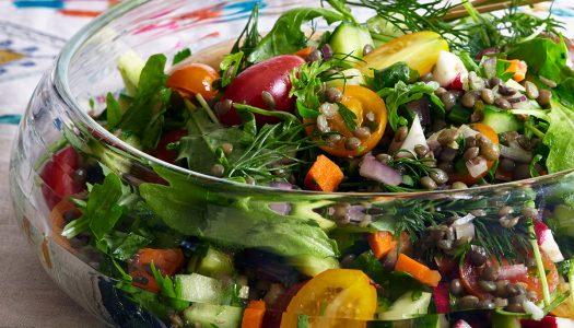 Israeli Salad With Lentils